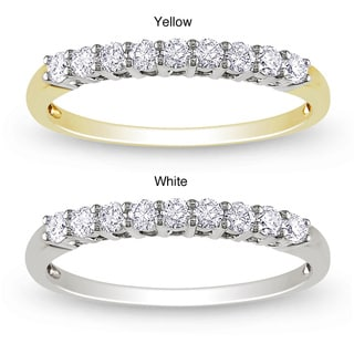 Miadora 14k Gold 1/4ct TDW Diamond Anniversary Ring (G-H, SI1-SI2) with Bonus Earrings