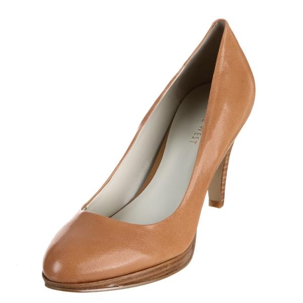 Nine West Women's 'Selene' Round-toe Leather Heels