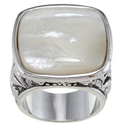City by City City Style Silvertone White Mother of Pearl Antiqued Square Ring