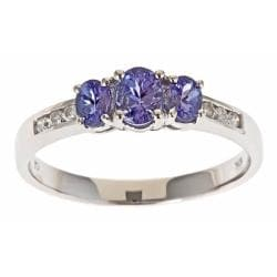 D'Yach 10k White Gold Tanzanite and 1/10ct TDW Diamond Ring (G-H, I1-I2)