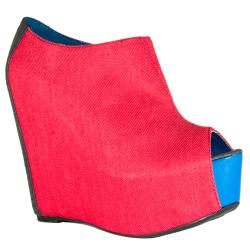 Fahrenheit Women's 'Mica-01' Red Wedge Ankle Booties