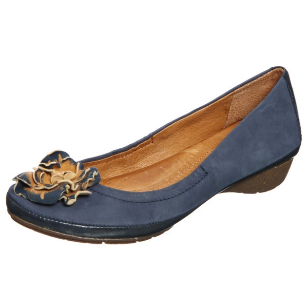 Naya Women's 'Rustica' Navy Leather Flats