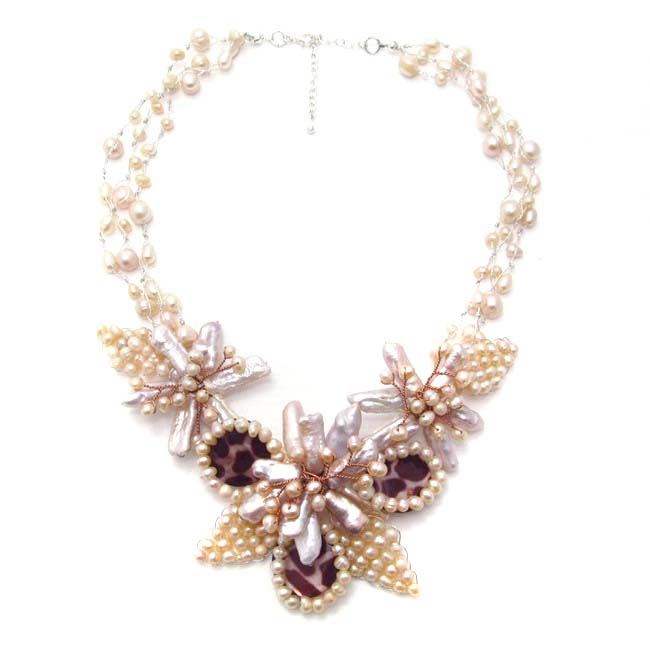Floral Bliss Freshwater Pink Pearl Leopard Necklace (Thailand)