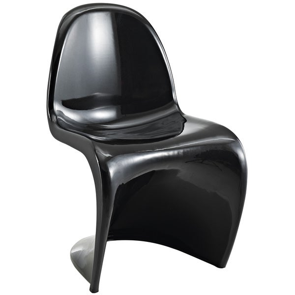 """S"" Style Black Chair"