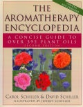 The Aromatherapy Encyclopedia: A Concise Guide to over 395 Plant Oils (Paperback)