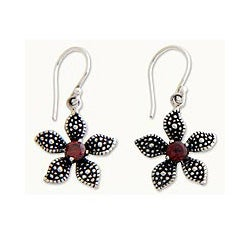 Sterling Silver 'Periwinkle' Garnet Flower Earrings (Indonesia)