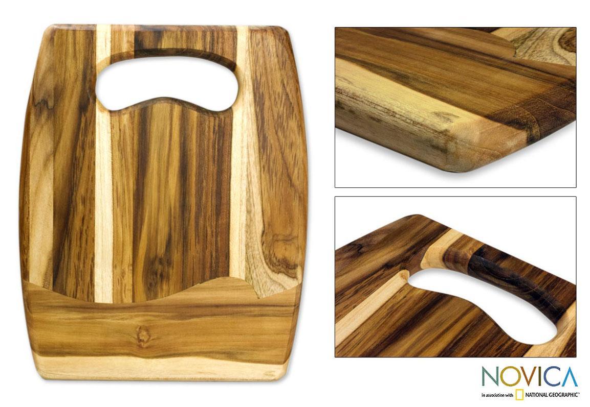 Handcrafted Teakwood 'Surf' Cutting Board (Guatemala)
