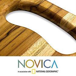 Handcrafted Teakwood 'Wine Barrel' Cutting Board (Guatemala)