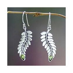 Sterling Silver 'Sweet Leaf' Peridot Dangle Earrings (Indonesia)