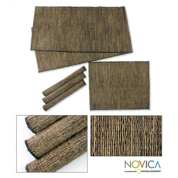 Set of 4 Natural Fibers 'Nature of Black' Runner Placemats (Indonesia)