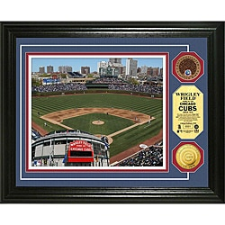 Highland Mint Wrigley Field Gold and Infield Dirt Coin Photo Mint