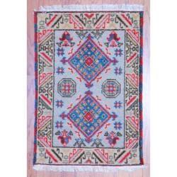 Indo Hand-knotted Kazak Ivory/ Grey Wool Rug (2' x 3')