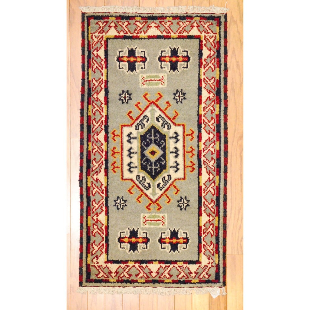 Indo Hand-knotted Kazak Gray/ Ivory Wool Rug (2' x 4')