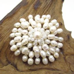 Blooming Chrysanthemum Freshwater White Pearl Pin/Brooch (Thailand)