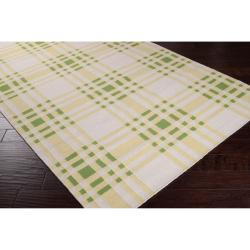 Country Living Hand-woven Green High Kite Wool Rug (8' x 11')