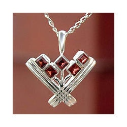 Sterling Silver 'Indian Tulips' Garnet Necklace (India)
