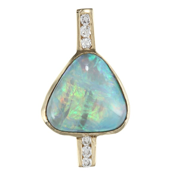 14K Yellow Gold 1/3ct TDW Opal Pendant (I-J, SI1-SI2)