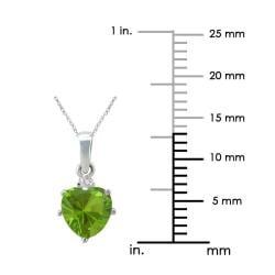10k Gold Designer Peridot 1/50ct TDW Diamond August Birthstone Heart Necklace (G-H, SI1-SI2)