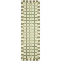 Hand-hooked Chelsea Ivory/ Green Wool Rug (2'6 x 8')