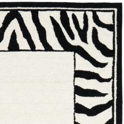 Hand-hooked Zebra Border White/ Black Wool Rug (2'9 x 4'9)