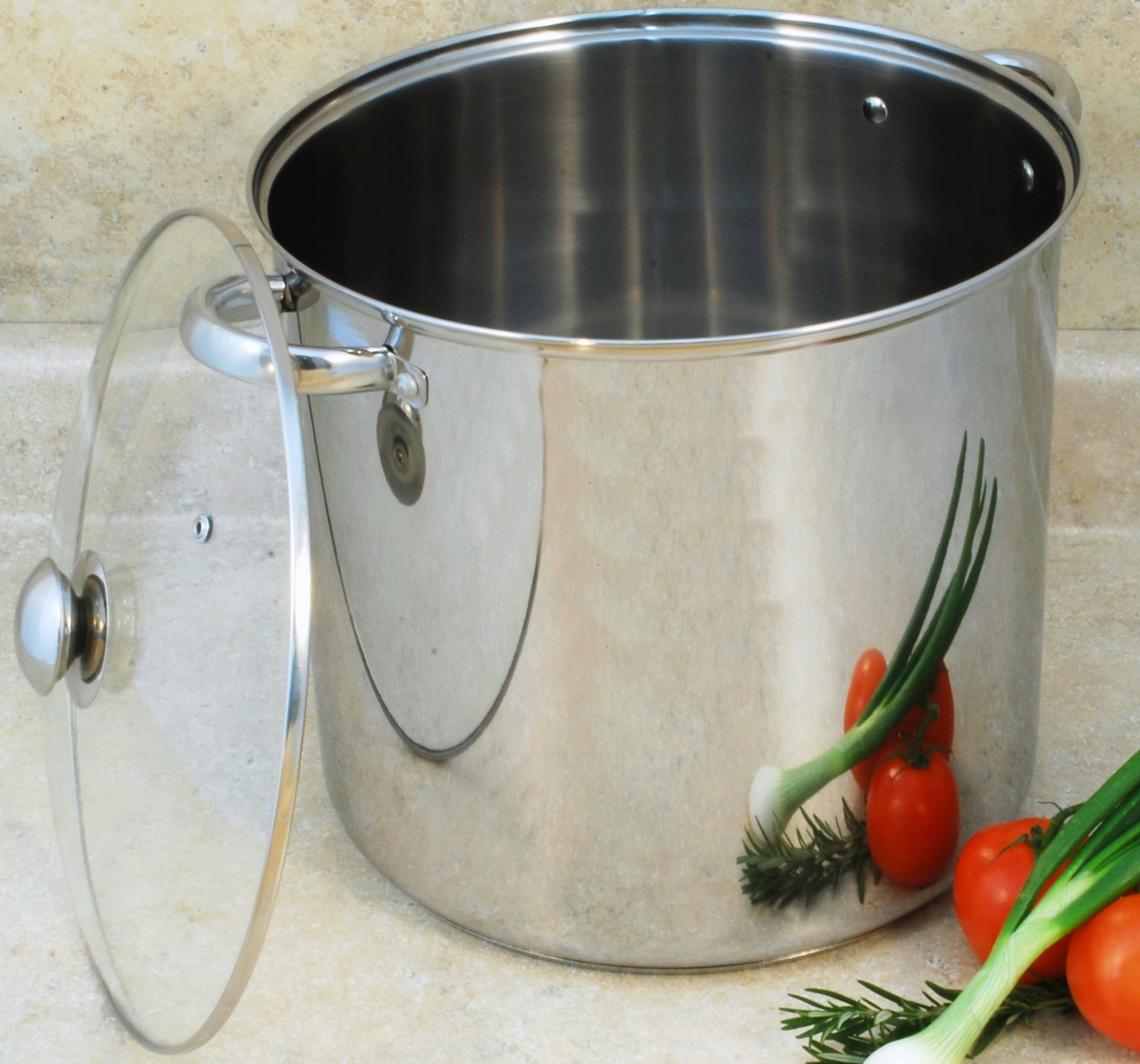 Stainless Steel 8-quart Stockpot with Encapsulated Base
