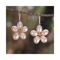 Stainless Steel 'Pink Blossom' Pearl Earrings (7 mm) (Thailand)