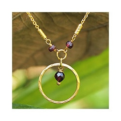 Gold Overlay 'Morning in Thailand' Garnet Necklace (Thailand)