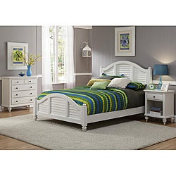 Home Styles Bermuda Queen Bed, Night Stand, and Chest Brushed White Finish