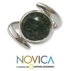 Sterling Silver 'Verdant Embrace' Jade Ring (Guatemala)