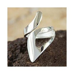 Silver 'Love Encounter' Ring (Peru)