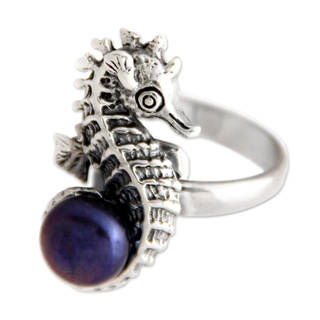 Sterling Silver 'Sea Horse Secret' Pearl Ring (8 mm) (Indonesia)
