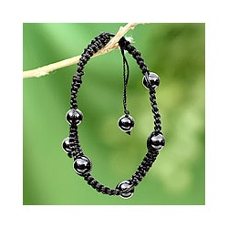Onyx 'Night of Peace' Macrame Bracelet (India)
