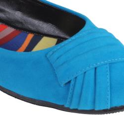 Journee Collection Women's 'Jump-29' Pleated Faux Suede Ballet Flats