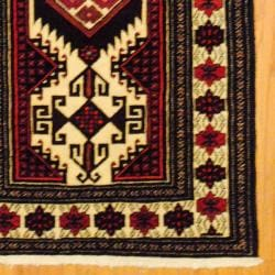 Persian Tribal Balouchi Ivory/ Bugundy Wool Rug (3'5 x 6'5)