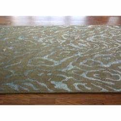 nuLOOM Handmade Modern Animal Print Wool/ Faux Silk Rug (7'6 x 9'6)
