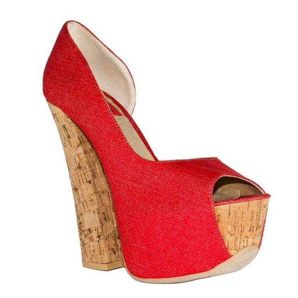 Fahrenheit Women's 'Anne-18' Red Canvas Chunky Heel