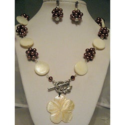 For The Love of Pearls Jewelry Set