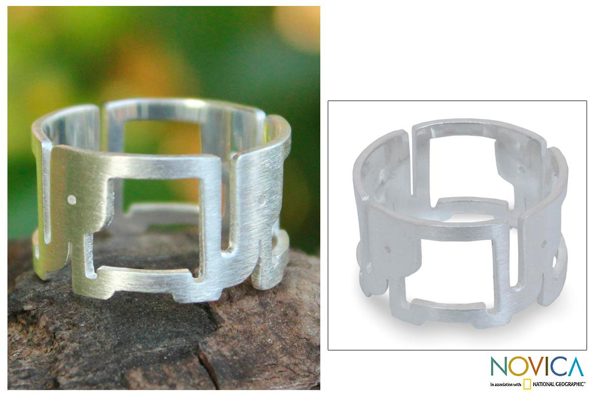 Sterling Silver 'Elephant Line' Ring (Thailand)
