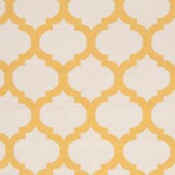 Hand-woven Yellow Caroni Wool Rug (5' x 8')