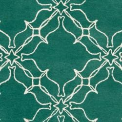 Aimee Wilder Hand-Tufted Green Courland Geometric Trellis Wool Area Rug (5' x 8')