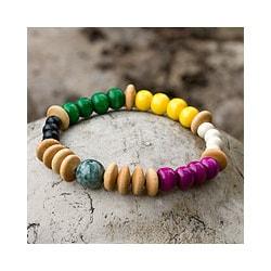 Jade 'Life's Journeys' Pine and Palo Blanco Wood Bracelet (Guatemala)