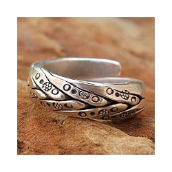 Men's Silver 'Karen Hero' Wrap Ring (Thailand)