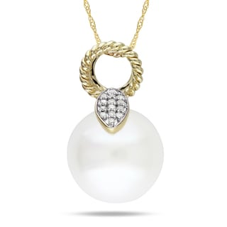 Miadora 10k Yellow Gold Cultured Freshwater Pearl and Diamond Accent Pendant (G-H, I1-I2)
