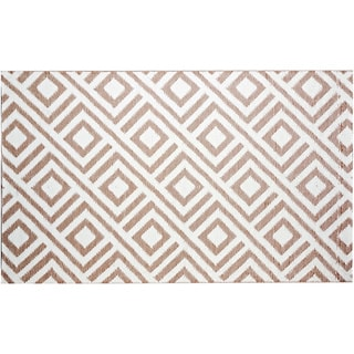 b.b.begonia Malibu Reversible Design Beige and White Outdoor Area Rug (5' x 8')