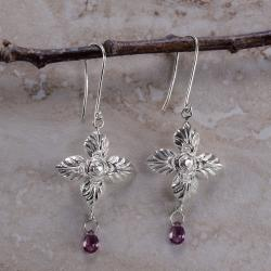 Ashanti 'Binara Mala' Sterling Silver & Rhodolite Garnet Briolette Dangle Earrings (Sri Lanka)