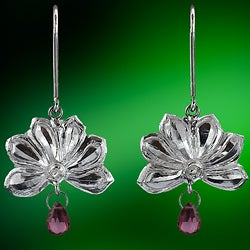 Ashanti 'Olu' Sterling Silver & Rhodolite Garnet Briolette Dangle Earrings (Sri Lanka)