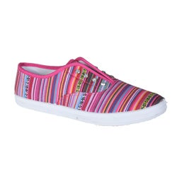 Refresh by Beston Women's 'Lace-01' Fuchsia Bohemian Sneakers