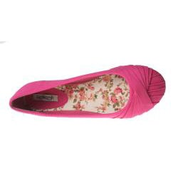 Refresh by Beston Women's 'Lauren-01' Fuchsia Canvas Flats