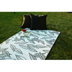 b.b.begonia Arctic Reversible Design Black and White Outdoor Area Rug (4' x 6')