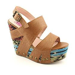 Betsey Johnson Women's Ajaya Brown Sandals